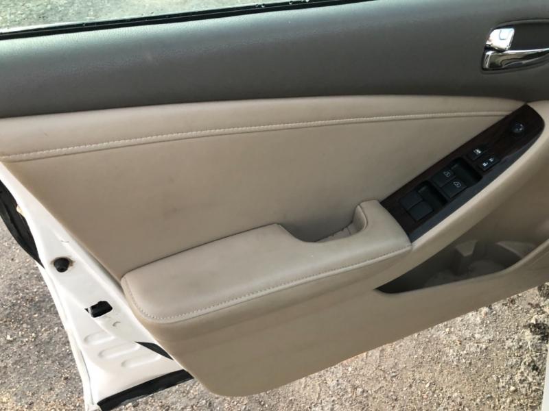 Chevrolet Equinox 2015 price $15,995