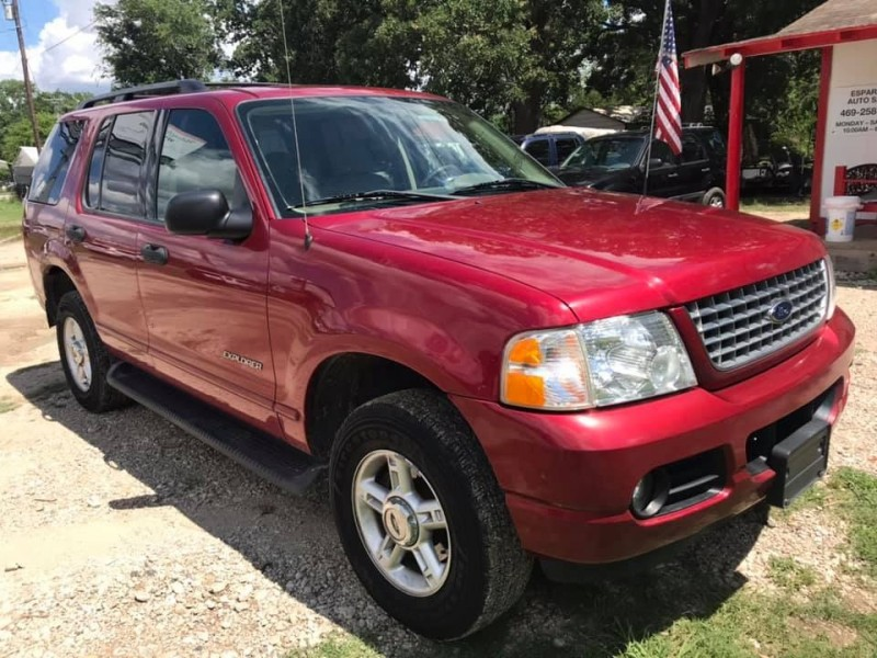 Ford Explorer 2004 price $4,995
