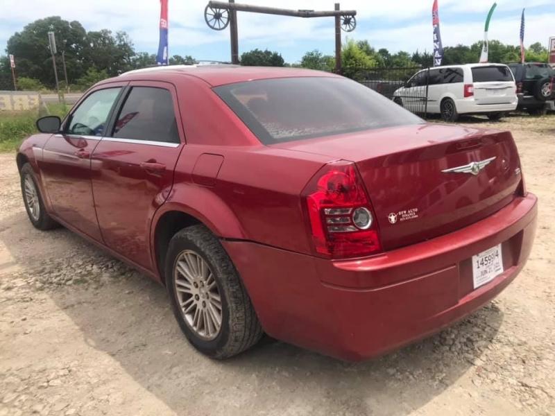 Chrysler 300-Series 2009 price $6,995