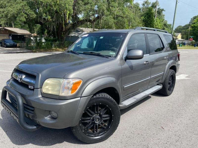 Toyota Sequoia 2005 price $7,999