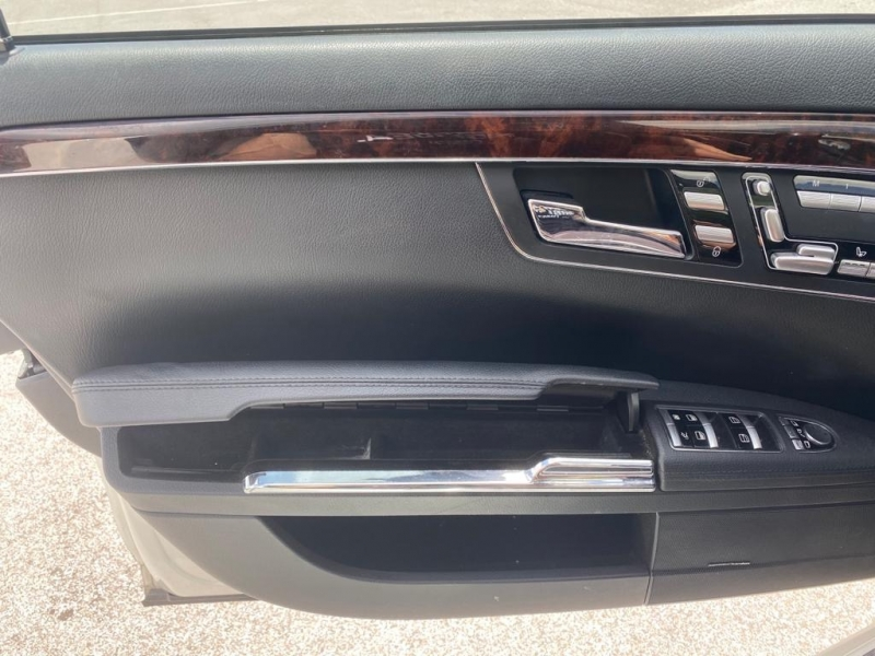 Mercedes-Benz S-Class 2013 price $27,999
