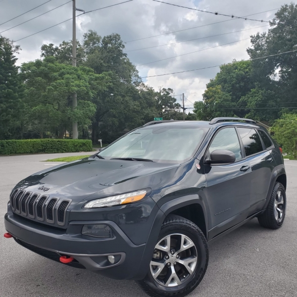 Jeep Cherokee 2016 price $17,999
