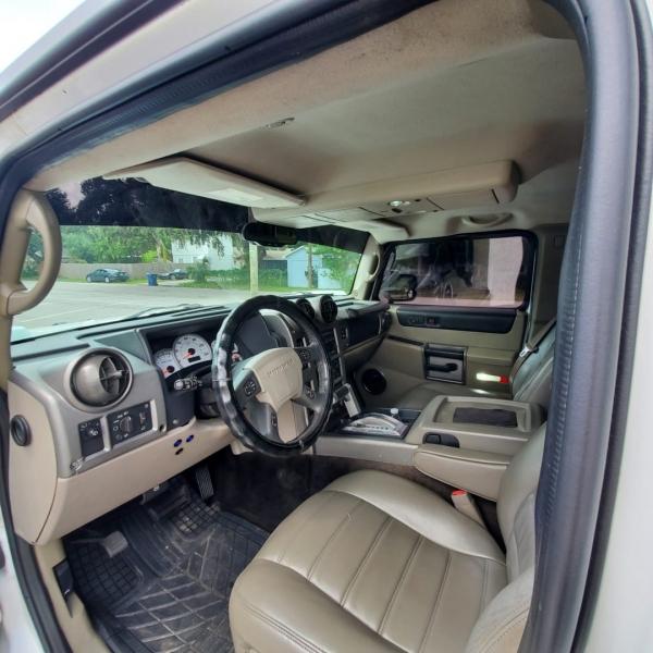 Hummer H2 2003 price $18,900