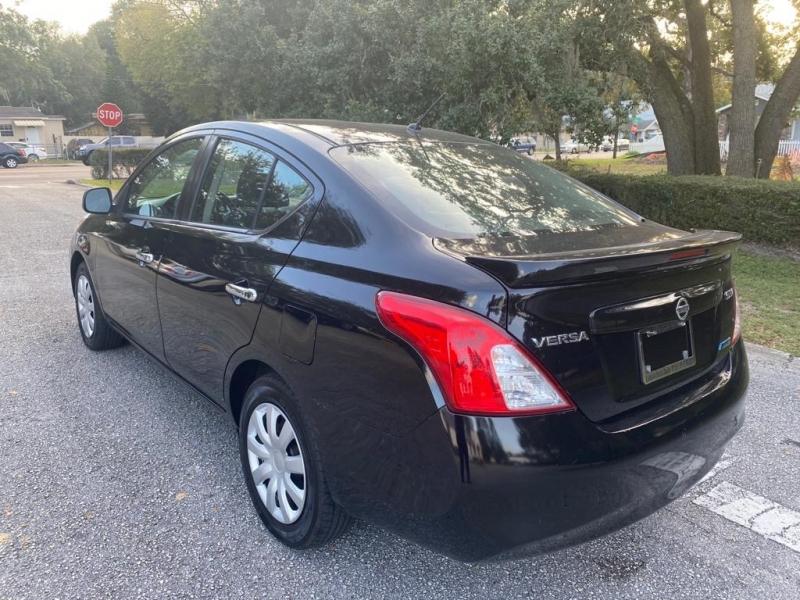 Nissan Versa 2013 price $6,900