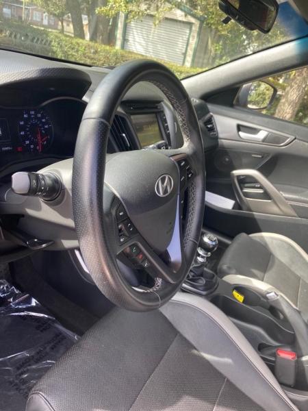 Hyundai Veloster 2016 price $15,999