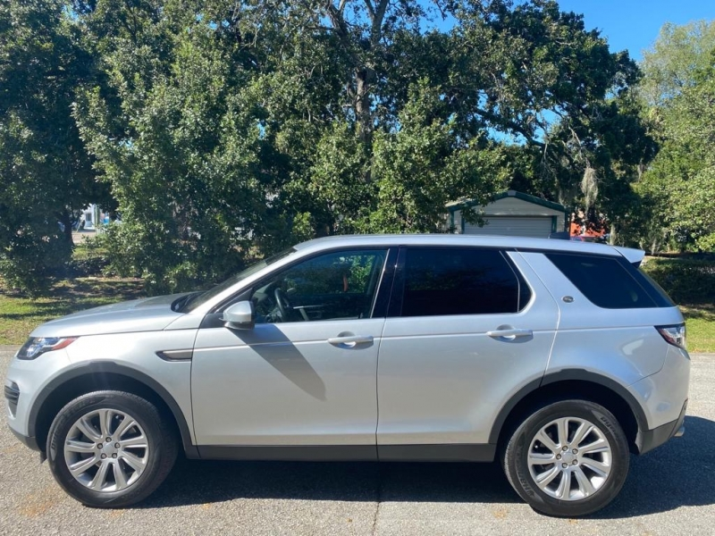 Land Rover Discovery Sport 2017 price $29,999