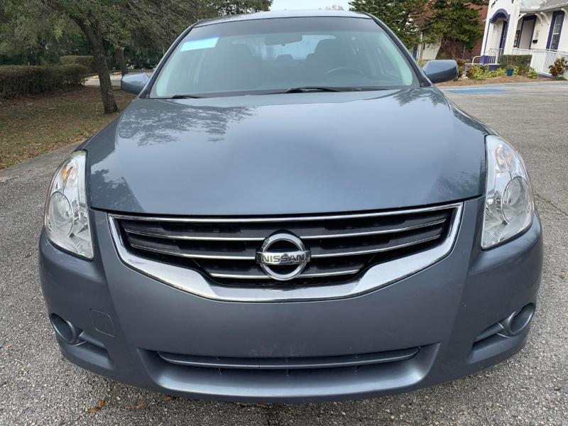 Nissan Altima 2010 price $8,900