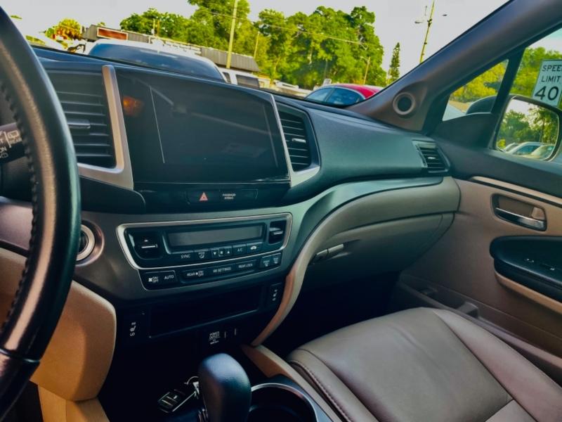 Honda Pilot 2017 price $21,900