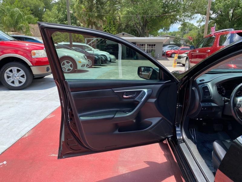Nissan Altima 2017 price $16,999