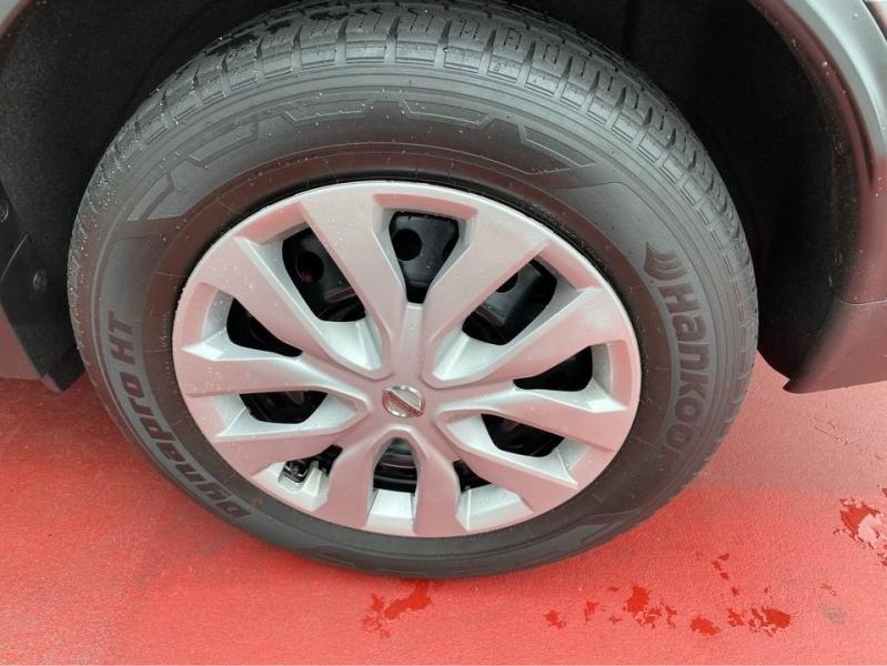Nissan Rogue 2016 price $17,999