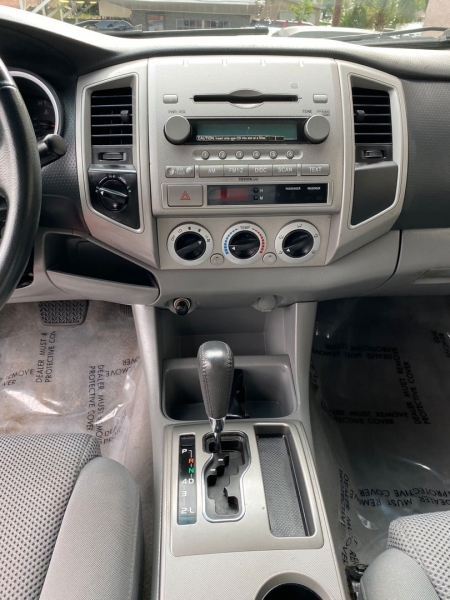 Toyota Tacoma 2008 price $18,999