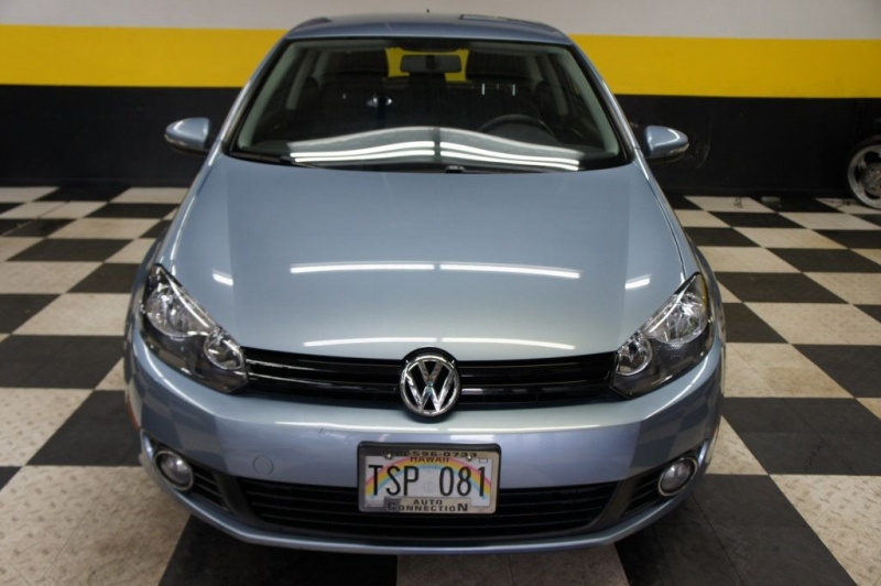 Volkswagen Golf 2011 price Call for Pricing.