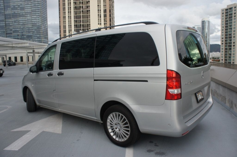 Mercedes-Benz Metris Passenger Van 2017 price Call for Pricing.