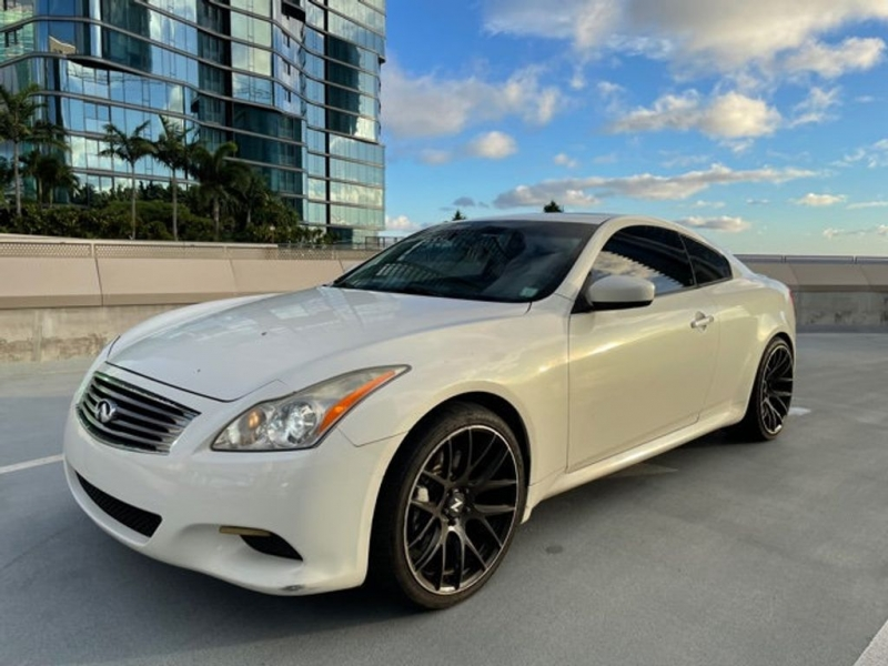 INFINITI G37 Coupe 2009 price Call for Pricing.