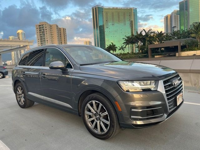 Audi Q7 2018 price Call for Pricing.