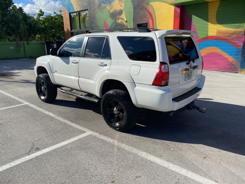 TOYOTA 4RUNNER 2007 price Call for Pricing.