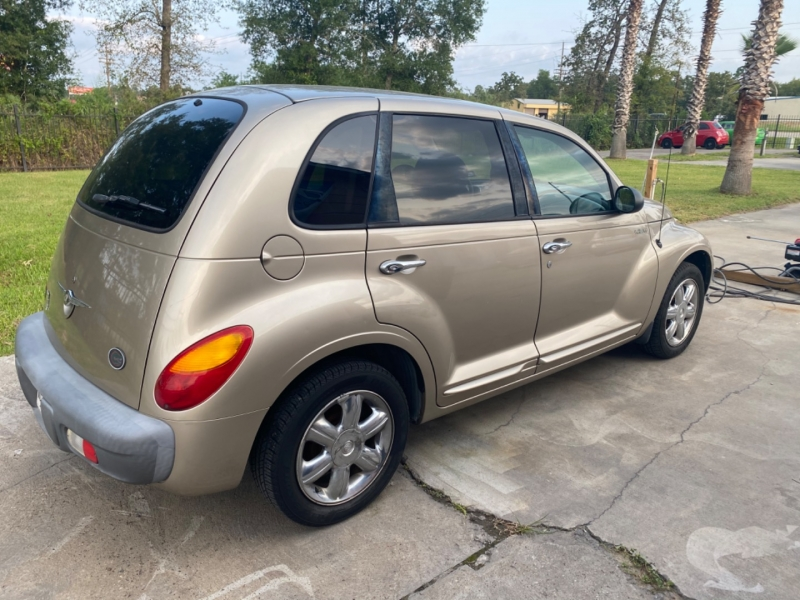 Chrysler PT Cruiser 2002 price $3,500