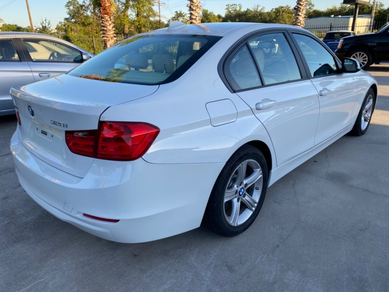 BMW 3-Series 2015 price $14,999