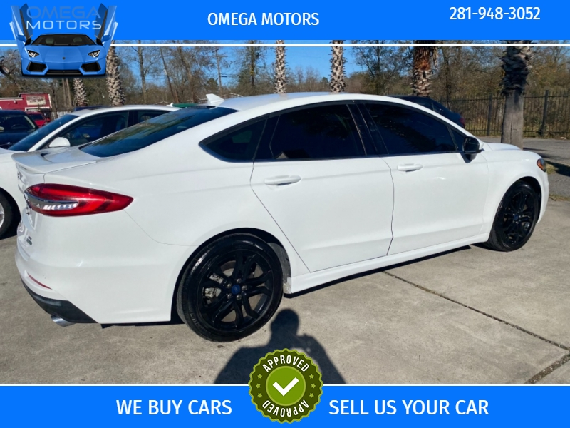 Ford Fusion 2019 price $15,999