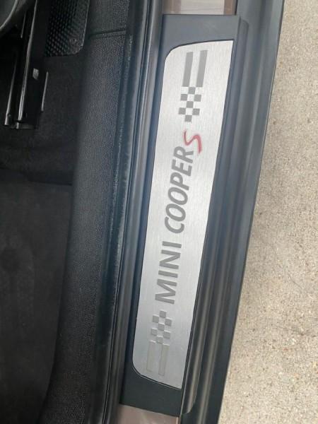 Mini Cooper Countryman 2013 price $8,999
