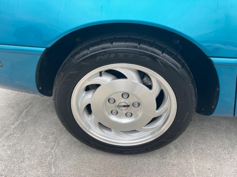 Chevrolet Corvette 1993 price $18,500