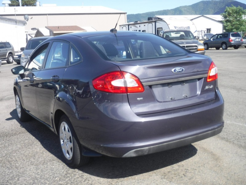 Ford Fiesta 2012 price $5,999