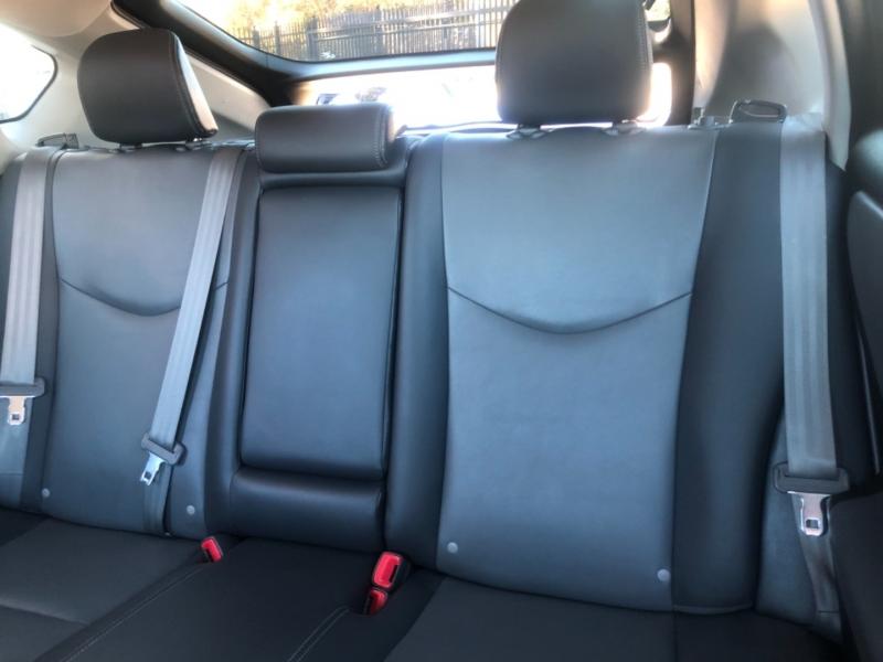 Toyota Prius 2013 price $9,895