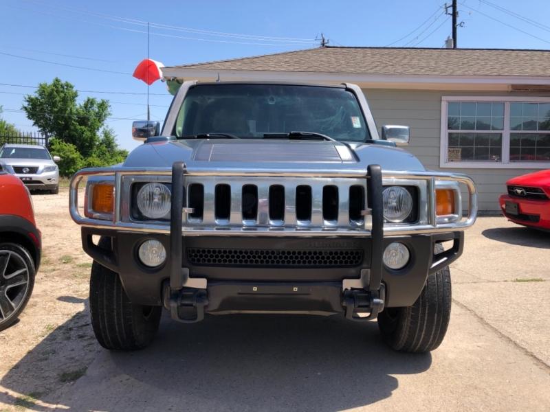Hummer H3 2006 price $11,970