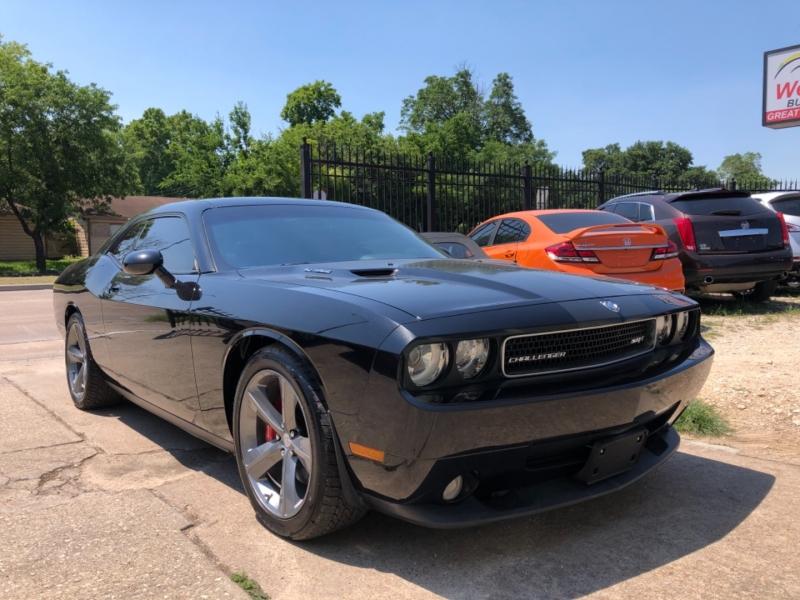Dodge Challenger 2009 price $23,995
