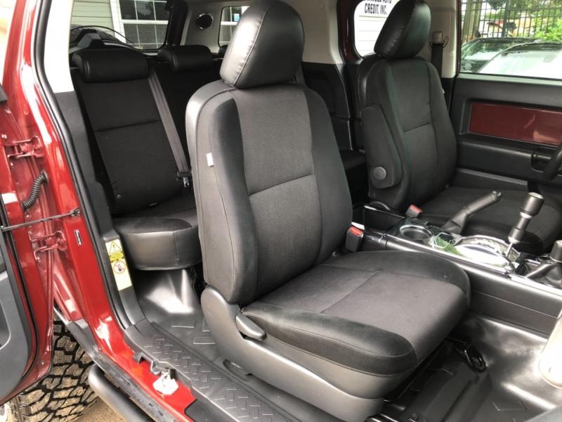 Toyota FJ Cruiser 2009 price $20,995