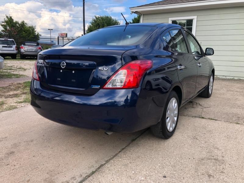 Nissan Versa 2012 price $6,995