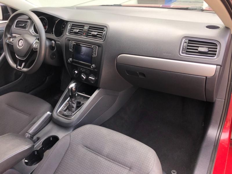 Volkswagen Jetta Sedan 2016 price $11,995