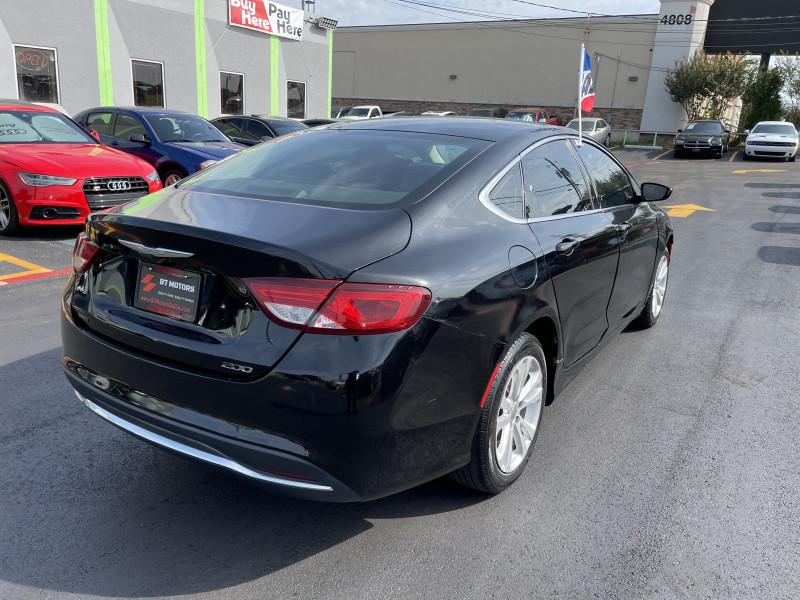Chrysler 200 2015 price $11,950