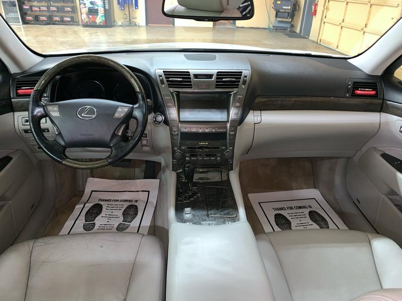 Lexus LS 460 2007 price $9,900