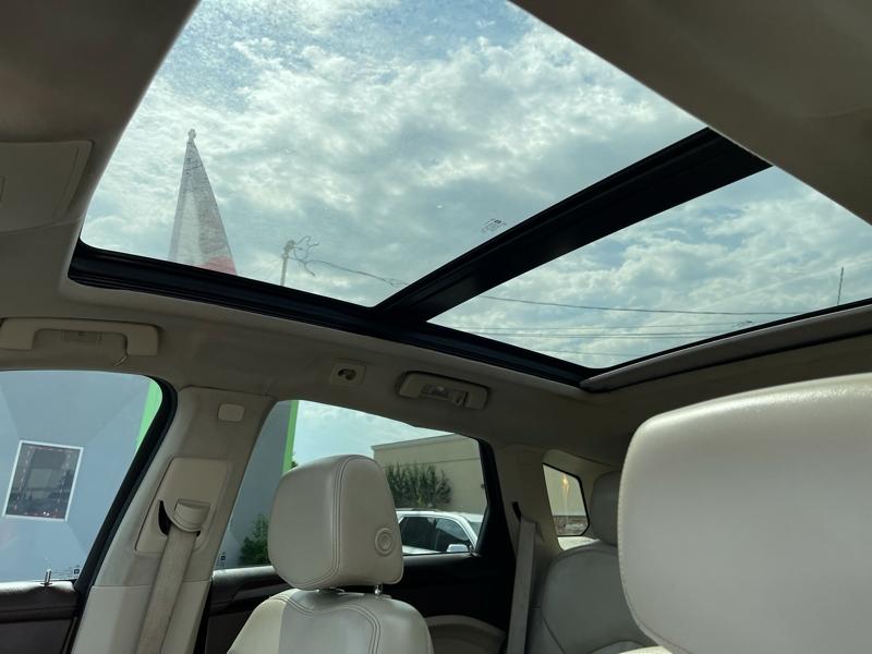 Cadillac SRX 2013 price $13,900