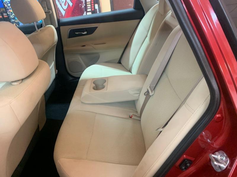 Nissan Altima 2015 price $12,500