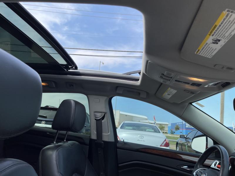 Cadillac SRX 2014 price $14,950