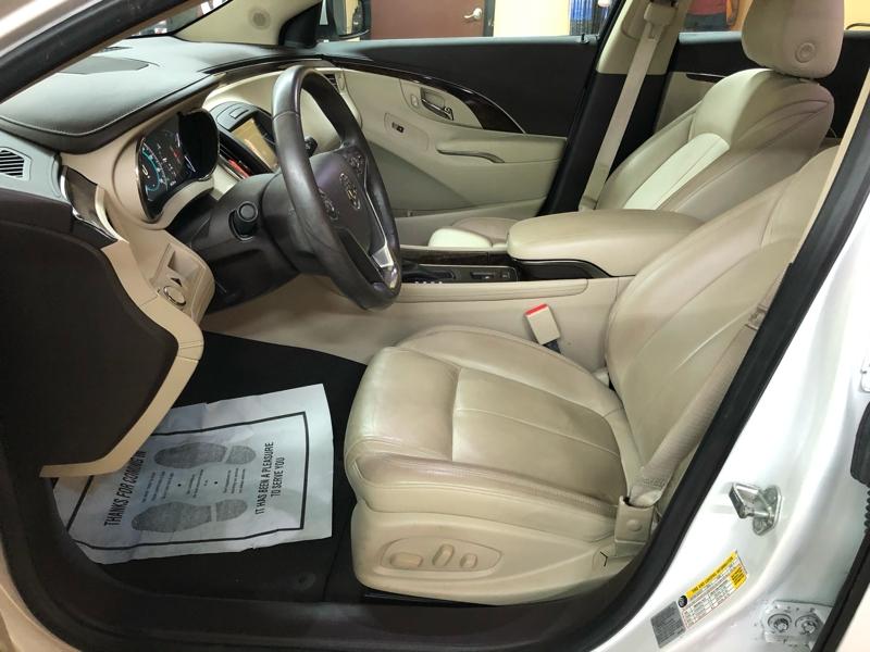 Buick LaCrosse 2016 price $16,999