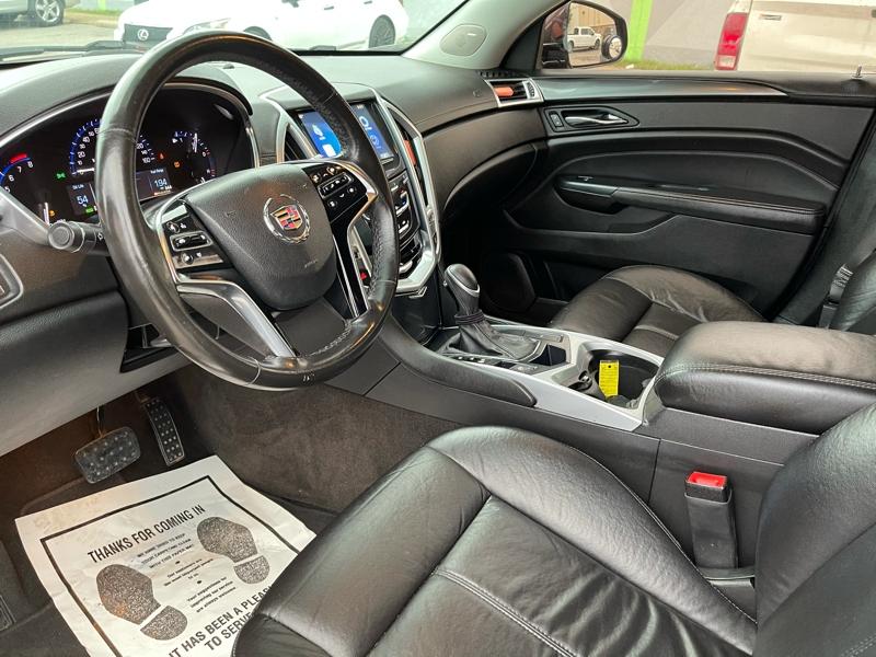 Cadillac SRX 2015 price $13,900