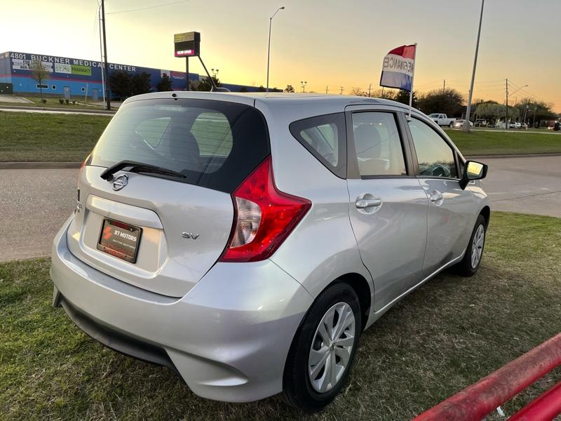 Nissan Versa Note 2018 price $10,950