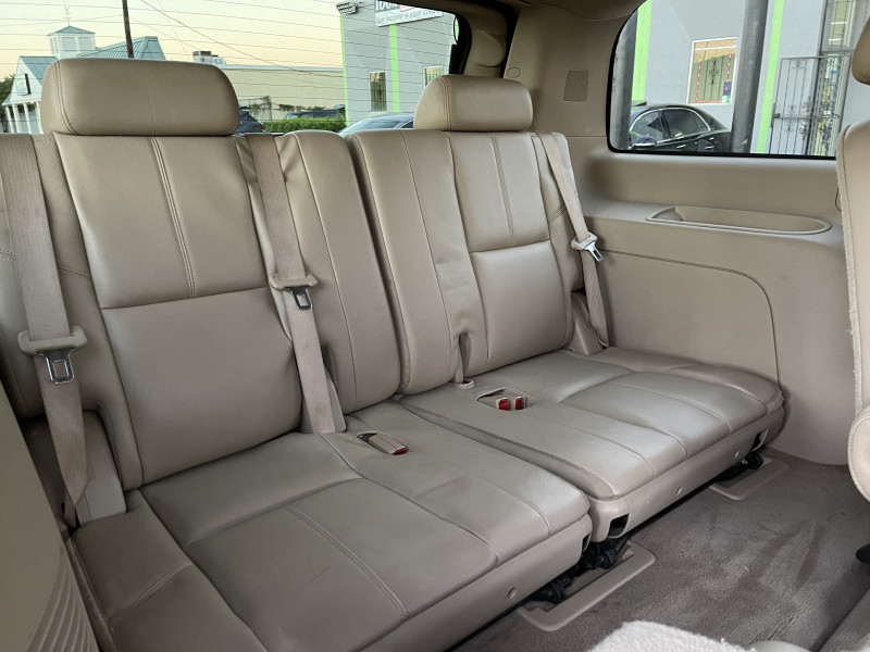 GMC Yukon 2009 price $12,500