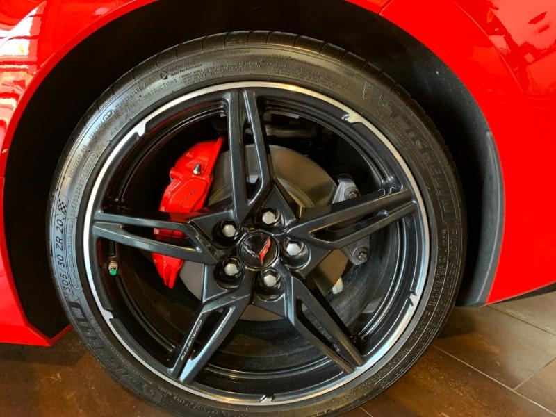 Chevrolet Corvette 2021 price $122,000