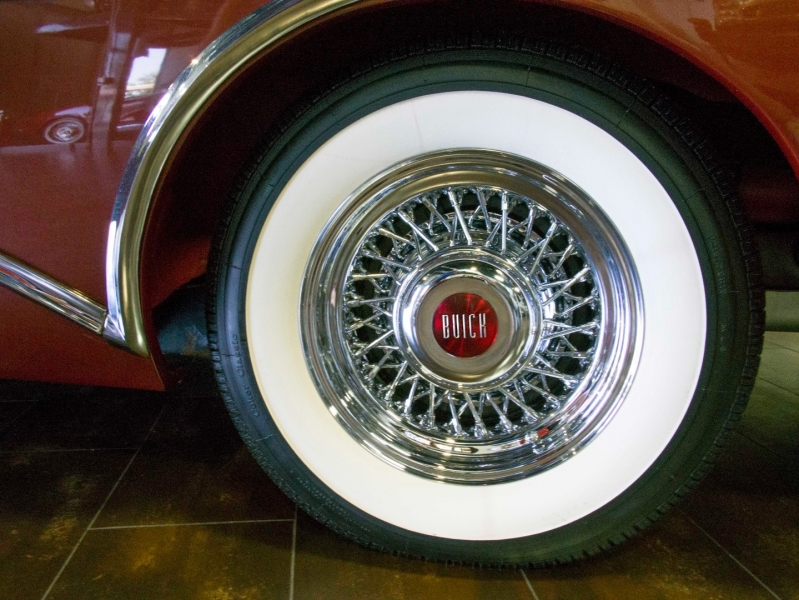 Buick Roadmaster 1954 price $125,000