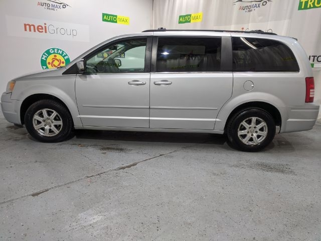 Chrysler Town & Country 2008 price Call for Pricing.
