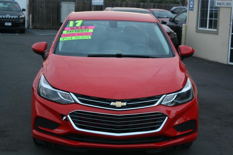 Chevrolet Cruze 2017 price $11,985