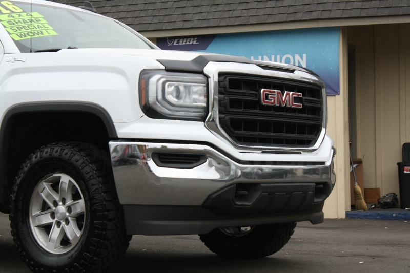 GMC Sierra 1500 2016 price $22,999
