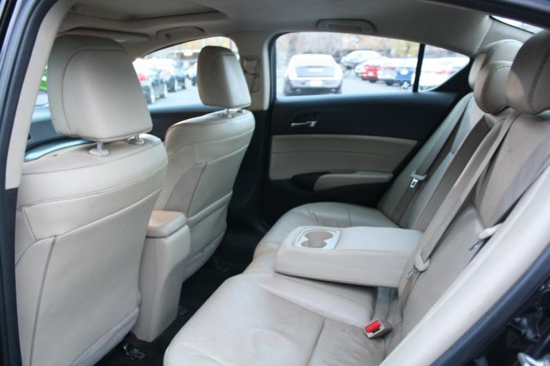 Acura ILX 2013 price $8,988