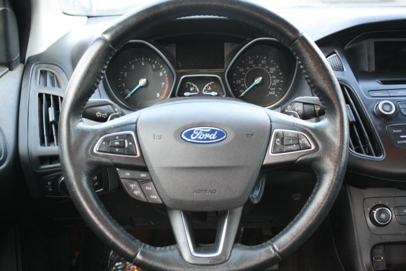 Ford Focus 2015 price $7,988