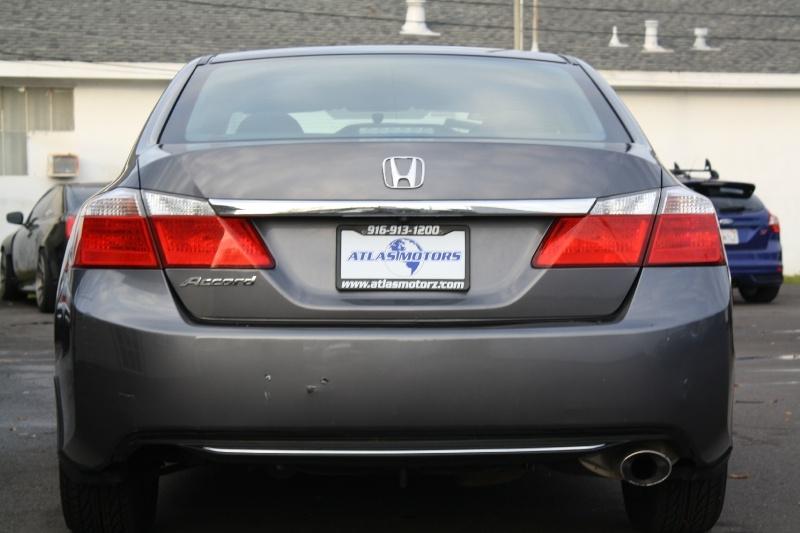 Honda Accord Sedan 2013 price $9,989