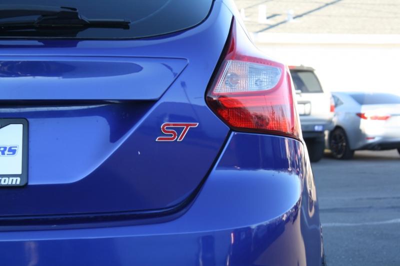 Ford Focus 2013 price $11,988